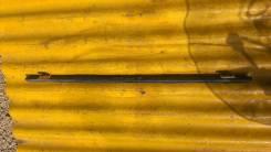 Уплотнительная резинка на стекло двери, передняя