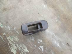 Кнопка стеклоподъемника. Toyota Hiace, LH100G Двигатель 2LTE