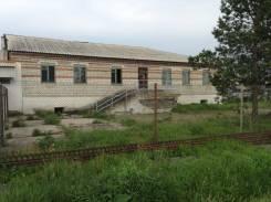 Продам участок с зданием. 2 000 кв.м., собственность, от частного лица (собственник). Фото участка