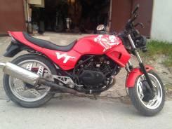 Продам Honda VT250F