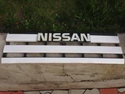 Решетка радиатора. Nissan Atlas