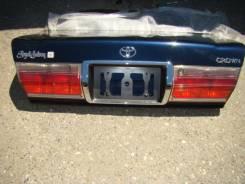 Крышка багажника. Toyota Crown, GS171