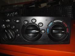 Кронштейн климат-контроля. Daewoo Nexia, KLETN Двигатели: F15MF, A15SMS