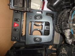 Кнопка стеклоподъемника. Mercedes-Benz SLK-Class, R170 Двигатель 111