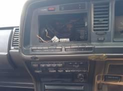 Консоль центральная. Toyota Crown, GS131 Двигатель 1GGZE