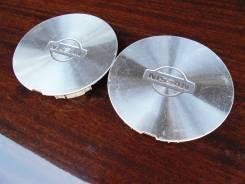"""Пара оригинальных центральных колпачков на литые диски «Nissan». Диаметр Диаметр: 16"""", 2 шт."""