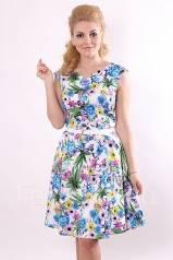 рисунок девушка в платье на ногтях