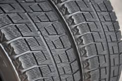 Bridgestone Blizzak Revo2. Зимние, без шипов, 2011 год, износ: 30%, 2 шт