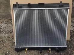 Радиатор охлаждения двигателя. Toyota Vitz, SCP90 Двигатели: 2SZFE, 2SZ