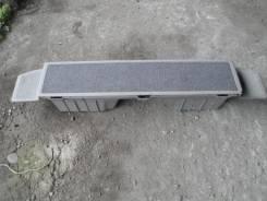 Подставка под ноги, вещевой ящик на Corolla Spacio в кузове AE111N. Toyota Corolla Spacio, AE111N