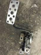 Концевик под педаль тормоза. Subaru Forester, SG9, SG9L