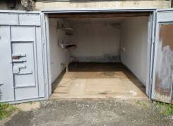 Продам гараж. Шошина ул. 37/2, р-н БАМ, 30 кв.м., электричество, подвал.