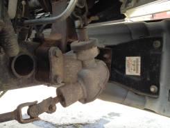 Рулевой редуктор угловой. Mitsubishi Canter