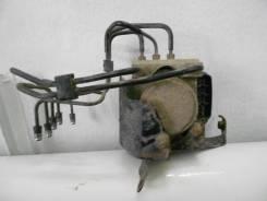 Блок abs. Toyota Hiace Двигатель TRH223L