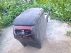 Консоль центральная. Toyota Camry, ASV50 Двигатель 2ARFE