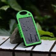 Походный внешний аккумулятор для телефона + солнечное з/у и фонарик!