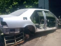 Задняя часть автомобиля. Mercedes-Benz S-Class, W140