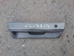 Планка 5-й двери. Toyota Gaia, SXM10G Двигатель 3SFE