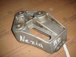 Кронштейн опоры двигателя. Daewoo Nexia Daewoo Lanos