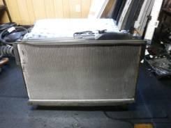 Радиатор охлаждения двигателя. Lexus LS430, UCF30