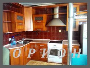 3-комнатная, улица Спиридонова 15. 64, 71 микрорайоны, агентство, 68 кв.м. Кухня