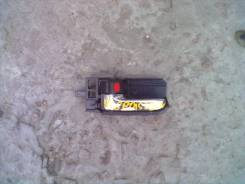 Ручка двери внутренняя. Toyota Corolla Spacio, NZE121N