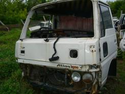 Кабина. Nissan Atlas, AGF22