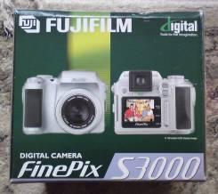 Fujifilm FinePix. Менее 4-х Мп, зум: 3х