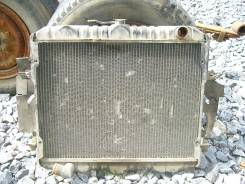 Радиатор охлаждения двигателя. Toyota Hiace, LH66V Двигатель 2L