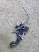 Педаль ручника. Mercedes-Benz S-Class, W140
