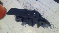Ручка открывания бензобака. Toyota Vitz, KSP90 Двигатель 1KRFE