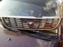 Решетка радиатора. Nissan Bluebird, QU14