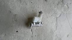 Цилиндр главный тормозной. Toyota Caldina, ST191G Двигатель 3SFE