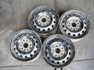 Nissan. 6.0x14, 5x114.30, ЦО 60,0мм.
