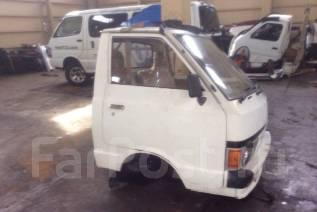 Кабина. Nissan Vanette, HGC122