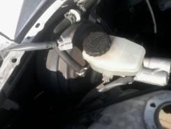Цилиндр главный тормозной. Toyota Crown, JZS153 Двигатель 1JZGE
