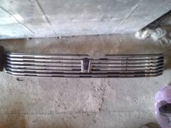 Решетка радиатора. Toyota Voxy, AZR60