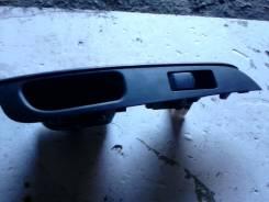 Кнопка стеклоподъемника. Nissan Note, E12