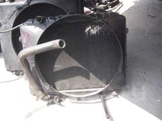 Радиатор охлаждения двигателя. Mitsubishi Pajero, V23W Двигатель 6G72