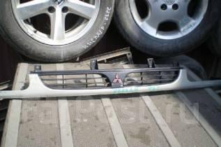 Решетка радиатора. Mitsubishi Delica