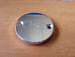Крышки бачка тормозной жидкости.
