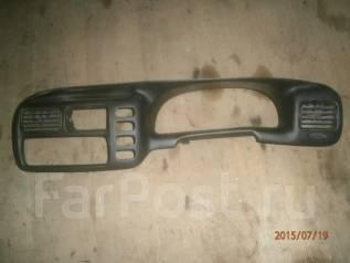 Консоль панели приборов. Suzuki Escudo, TA02W