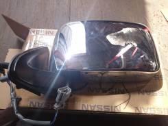 Зеркало заднего вида боковое. Nissan NP300