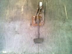 Педаль тормоза. Toyota Corolla Fielder, NZE121G Двигатель 1NZFE