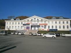 Торгово-выставочные центры. 28 кв.м., Гагарина 10, р-н Рыбный порт