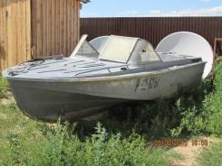 Амур. Год: 1988 год, длина 5,50м., двигатель стационарный, 80,00л.с., бензин