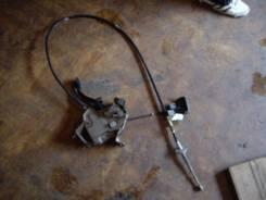 Ручник в сборе с тросом и педалью Toyota Mark GX90 JZX90. Toyota Mark II, GX90, JZX90