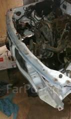 Передняя часть автомобиля. Suzuki Escudo, TD51W