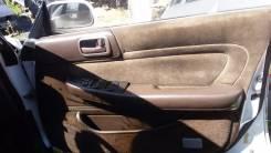 Обшивка крышки багажника.