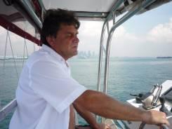 Капитан-механик. Высшее образование по специальности, опыт работы 13 лет